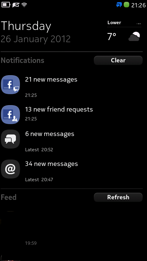 Home screen with facebook notifications